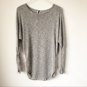 🌸 Boutique | Lightweight tunic sweater